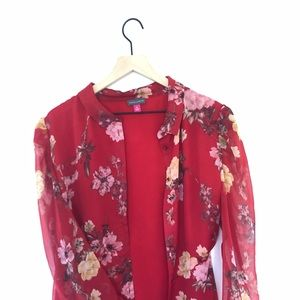 Vince Camuto red printed blouse XL